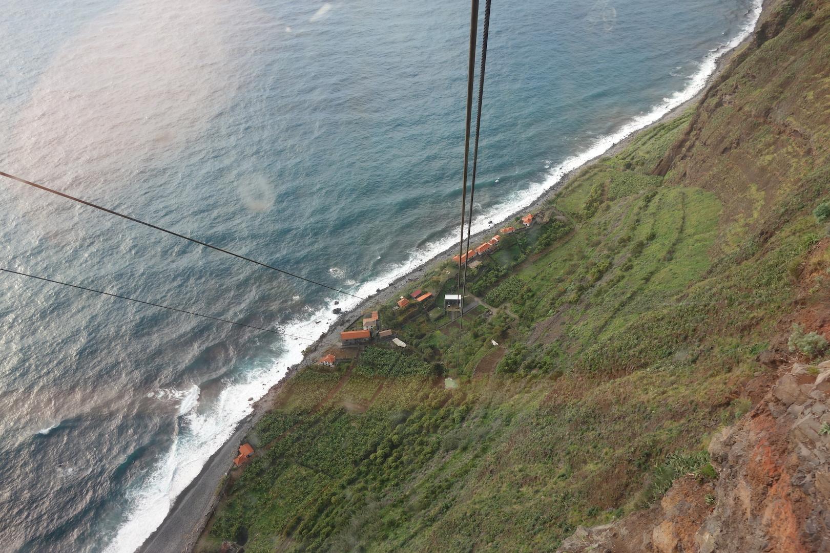 Lift am Steilhang bei Câmara De Lobos